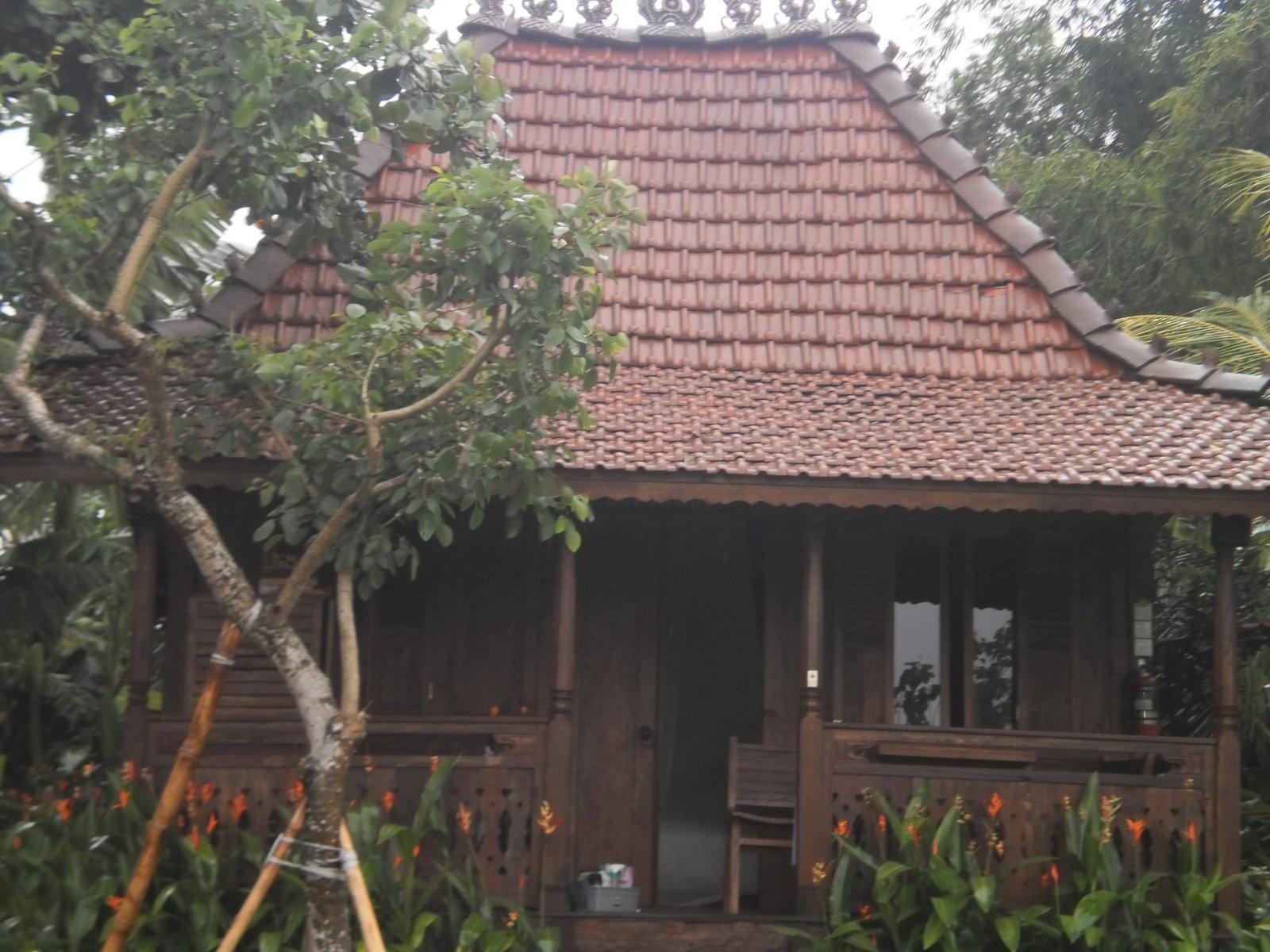 selling wooden house bali rumah  kayu gazebo bali